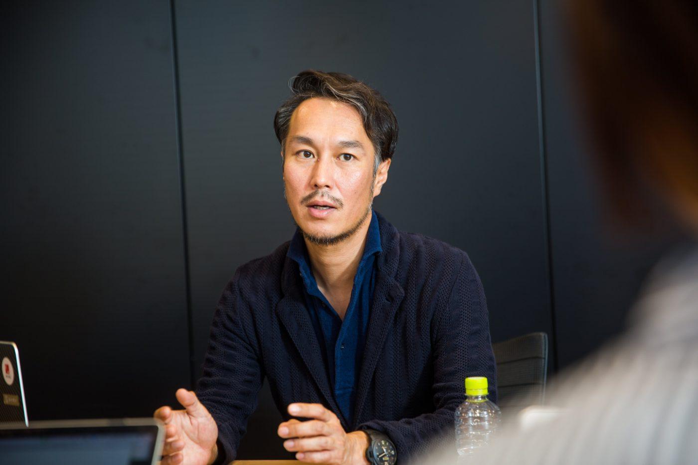 髙松氏が就職活動を行なっていた時代は就職氷河期。周囲の学生を見渡してみると、10人に1人の内定者がいるかどうかというほど、就職の難しい時代だった。