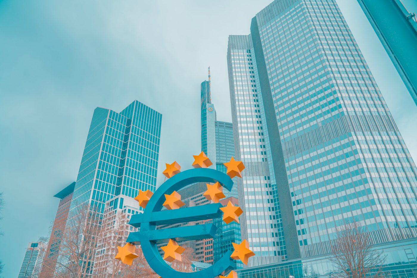 ここまで、時価総額で現在ドイツ第2位のユニコーンスタートアップN26の成長の軌跡を見て来た。ドイツのスタートアップだから実現出来たのであり、日本のスタートアップが真似することは難しいという取組みも、少なくないだろう。