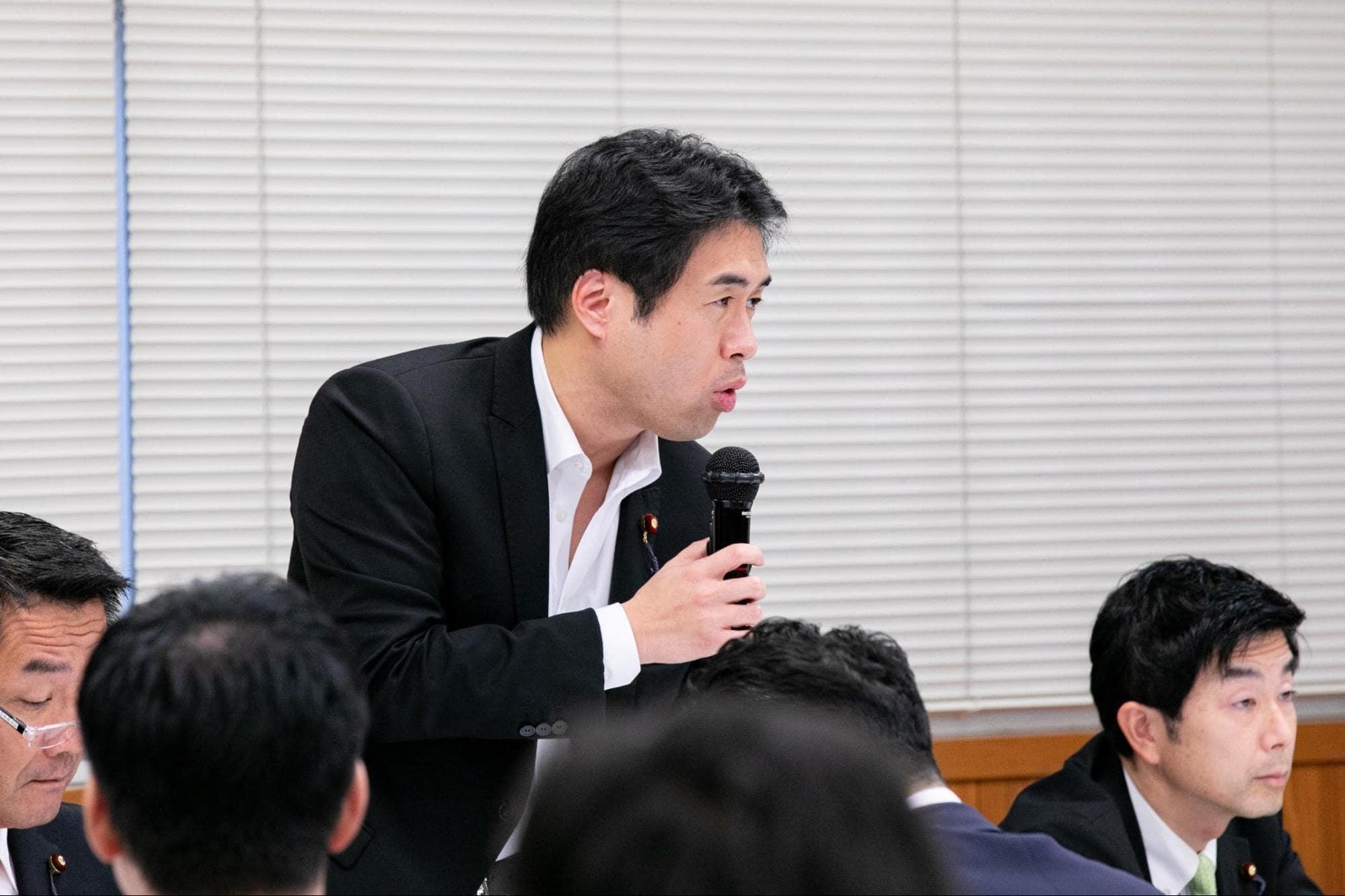 各省庁からの共有を終えた後の質疑応答では、参加議員からさまざまな意見が寄せられた。