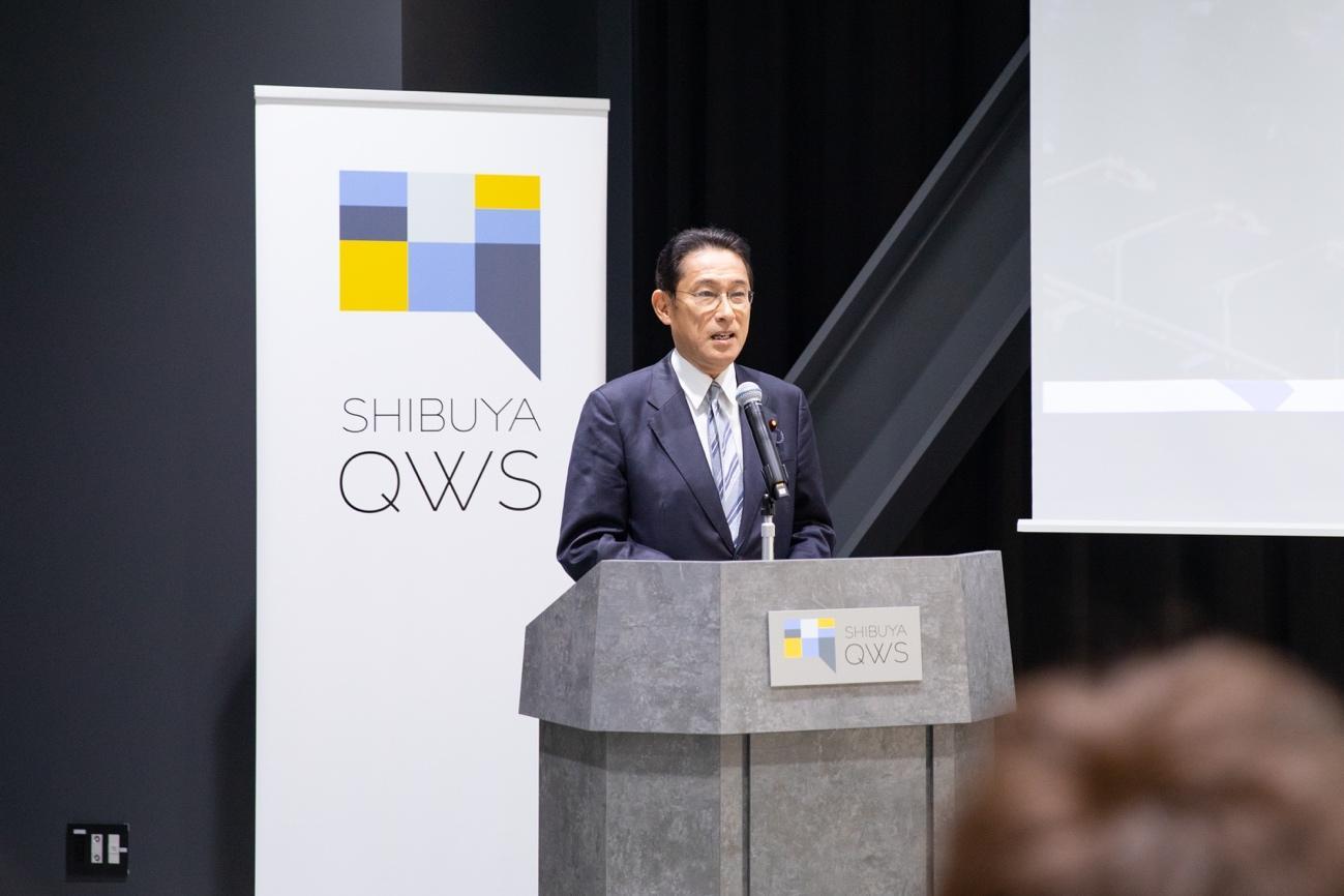 岸田政調会長はピッチに先立ち「スタートアップやユニコーン企業におけるダイナミックな環境を知る中で、日本の現状について危機感を覚えている方も多いのではないかと思います。その現状を前に、多くの関係者がそれぞれの立場で何ができるかを考えていくことが大切ではないかと考えております。今回のピッチを通して刺激を受け、今後の方針を固める契機にさせていただければと存じます」と挨拶を行なった。